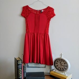 H&M Divided Lace Back Red Dress W/Zipper Size S
